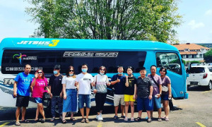 Sewa Elf Long Surabaya TN TRANS