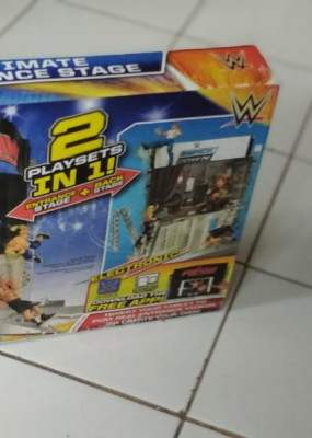 ultimate-entrance-stage-wwe-2in1-smackdown-raw-jakarta-small-1